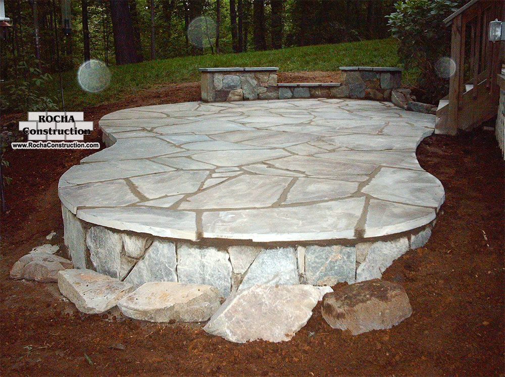 Flagstone patios rocha construction silver spring md for Pictures of stone patios